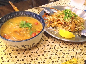 This month is winding down with visits to some favorite (non vegan) spots. Pad Thai and Tom Yum Goong Soup.